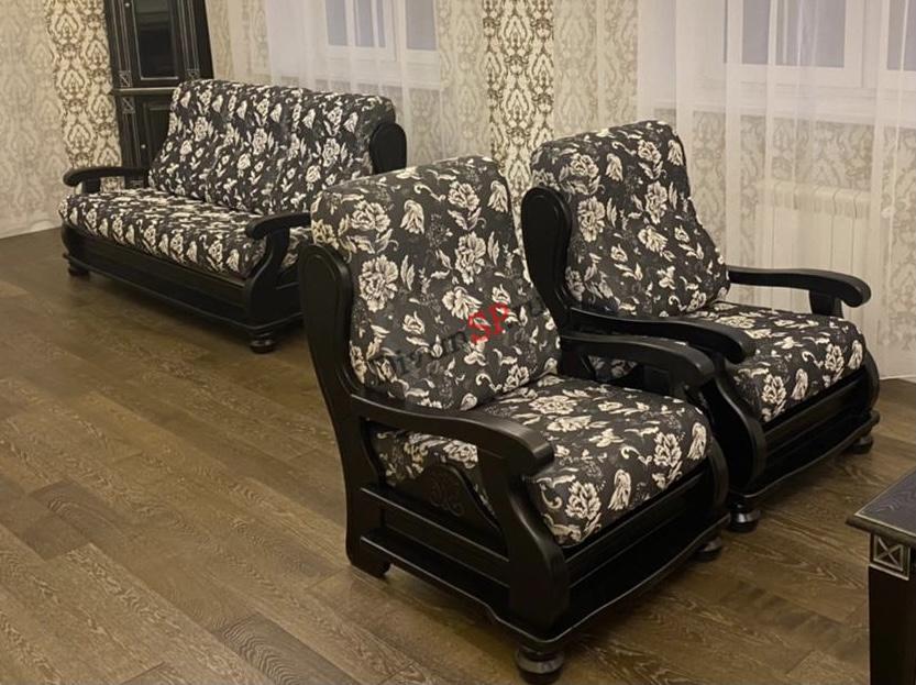 Диван-кровать и кресла из бука Амадей