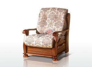 мягкое кресло с деревянными подлокотниками из массива коричневое